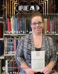 Kobieta w księgarni